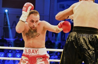 deniz-ilbay-gbu-champion-of-the-world-welterweight-5-11-2016potsdam-cop